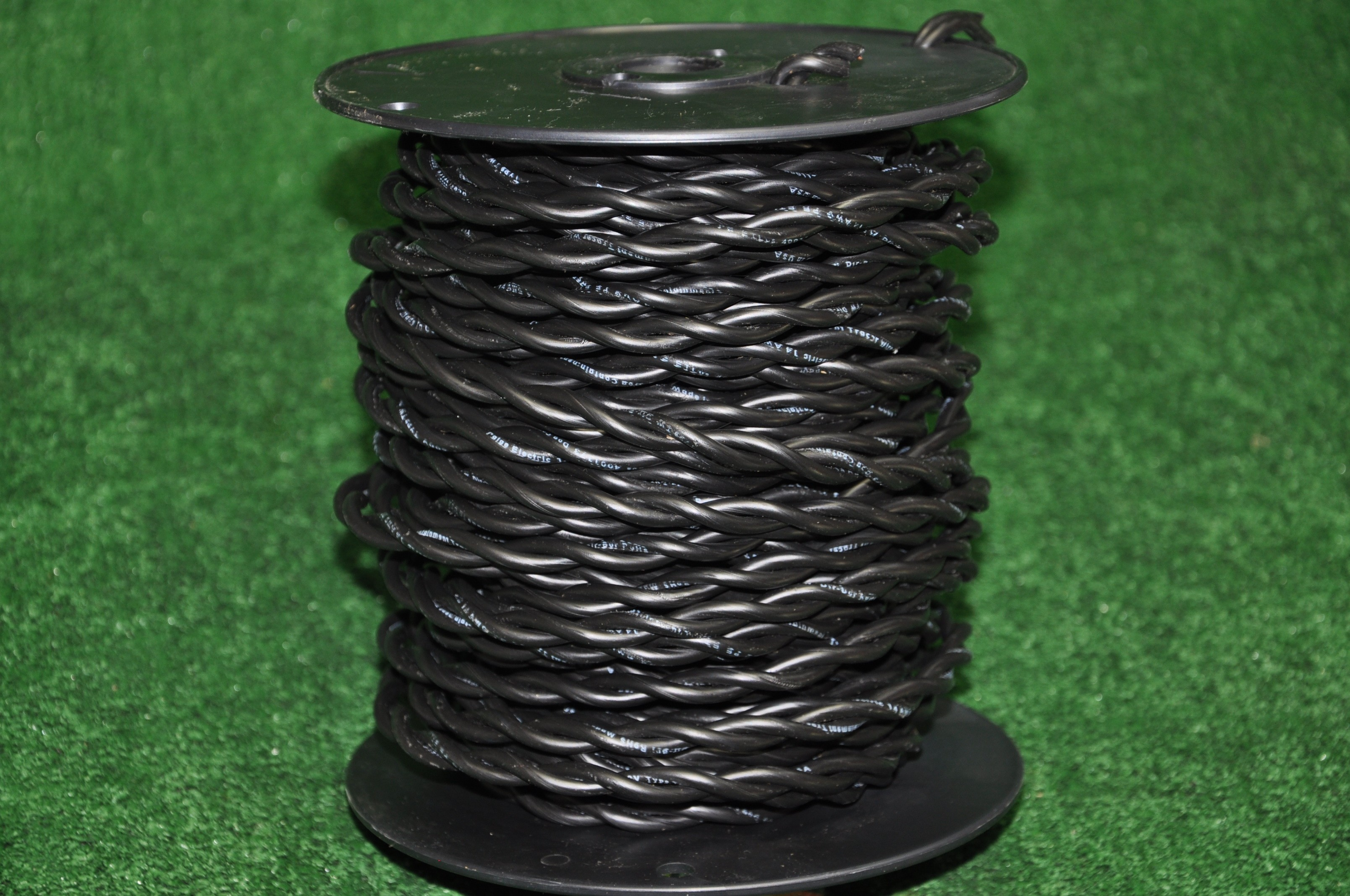 100\' Twisted Dog Fence Wire 14 Gauge Solid Core – T-14WIRE
